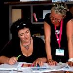 CG - Françoise Join, accueil des invités, et Laure Boussard, interprète LSF